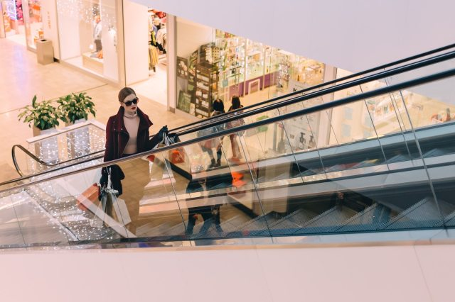 retail_architecture-building-commerce-escalator-285172